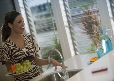 Altair Louvre Windows are perfect when cooking up a storm and entertaining friends.